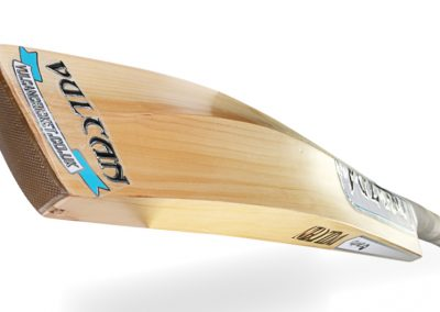Vulcan Gravity Handmade Cricket Bat 4